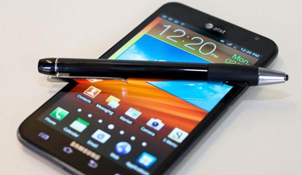 Samsung Galaxy Note 2 in Schwarz und Weiß